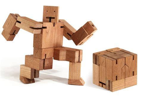 Cubebot @ Sharper Image