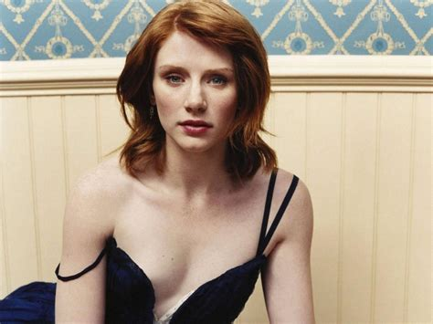 actress in film jurassic world bryce dallas howard google search claire pinterest