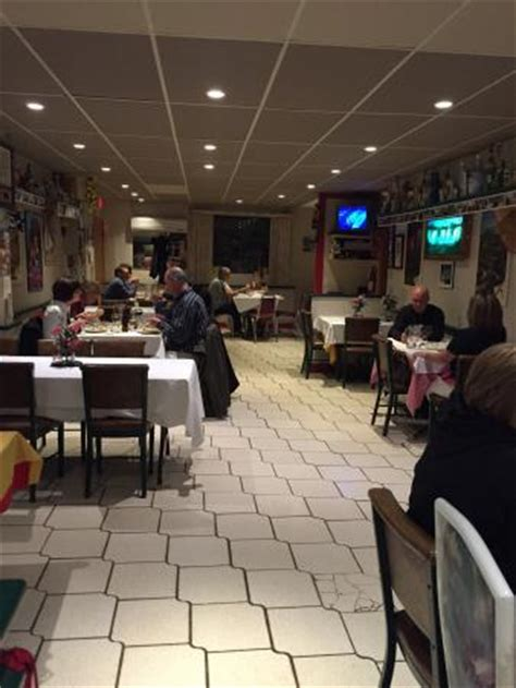 cuisine san remo photo0 jpg picture of san remo restaurant stoney creek