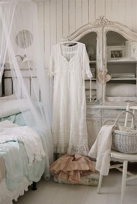 Guest Bedroom. White, Grey, Black, Chippy, Shabby Chic