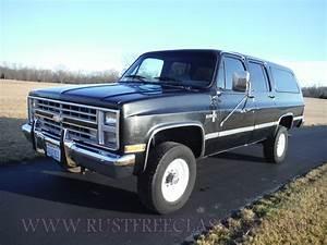Chevy Chevrolet 1988 88 Suburban Silverado Black V20 4x4 3
