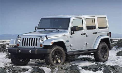 silver jeep 2 door silver four door hardtop 2014 jeep wrangler rubicon