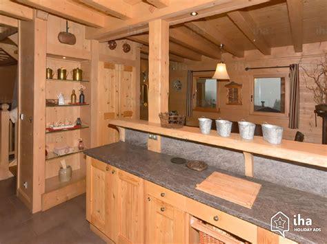 deco salon cuisine americaine location chalet à samoëns iha 67345