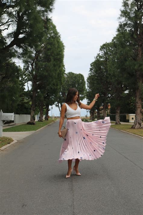 pleated skirt  pink  asos veryallegra