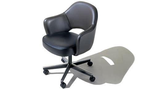 Saarinen Executive Swivel Armchair