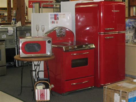 Retro 1950's Styled Kitchen Appliances With All The Modern