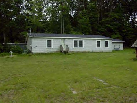 foreclosed cottages michigan foreclosure lake in michigan just