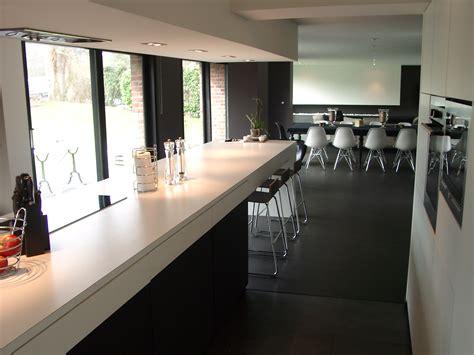 cuisine noir blanc cuisine noir et blanc et bois