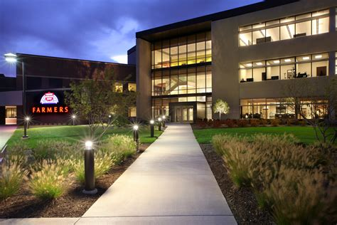 farmers insurance training call center architect