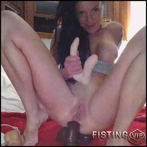 Suction Cup Dildo Squirt