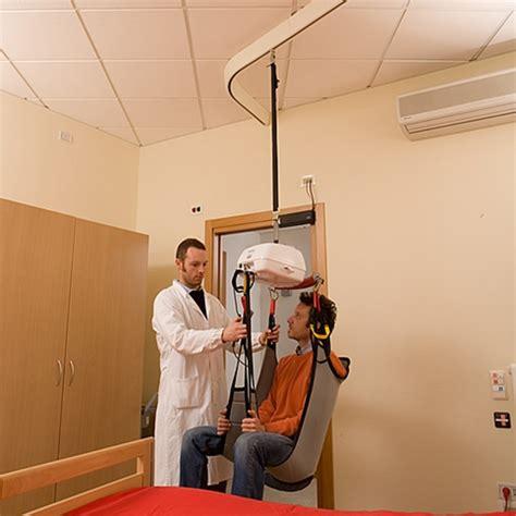sollevatori per disabili a soffitto sollevatori a binario