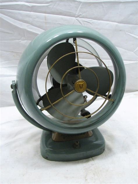 Vornado Desk Fan Uk by Vintage Vornado 6 Quot Deco Mid Century Modern Desk Fan