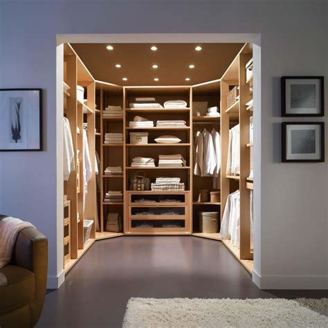 rangement dans chambre comment installer un dressing dans une chambre comment