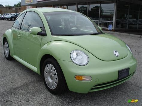 2005 volkswagen new beetle gl coupe in cyber green