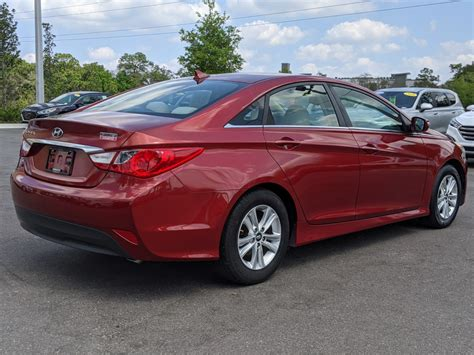 At edmunds we drive every car we review. Pre-Owned 2014 Hyundai Sonata GLS 4dr Car in Sanford # ...