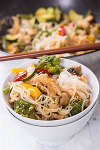 Nudeln Und Co : thai h hnchen mit brokkoli und shirataki nudeln ~ Lizthompson.info Haus und Dekorationen