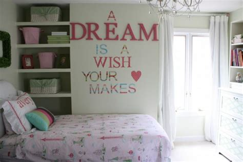 Decorating Ideas For Bedrooms Diy by 15 Easy Diy Decorations For Room
