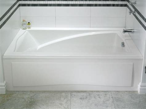 standing whirlpool tubs maax aker showers bathtubs