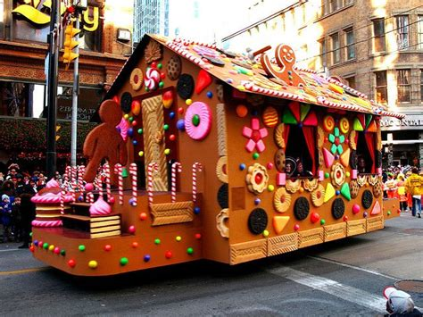 12 Best Parade Float Images On Pinterest