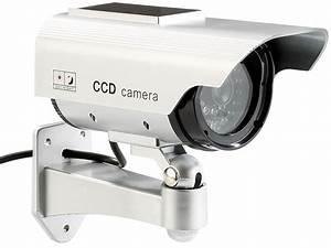 überwachungskamera Mit Bewegungsmelder Und Aufzeichnung Test : visortech solar berwachungskamera attrappe dummy mit led ~ Watch28wear.com Haus und Dekorationen