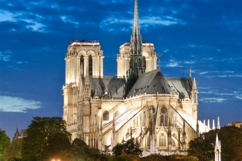 paris attractions notre dame france cathedrale activities tourist attraction weneedfun fun destinations holidays courtesy cathedrale tower
