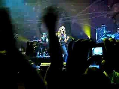 Alanis Morissette - Thank You - Vienna 02.Juli.2008 - YouTube
