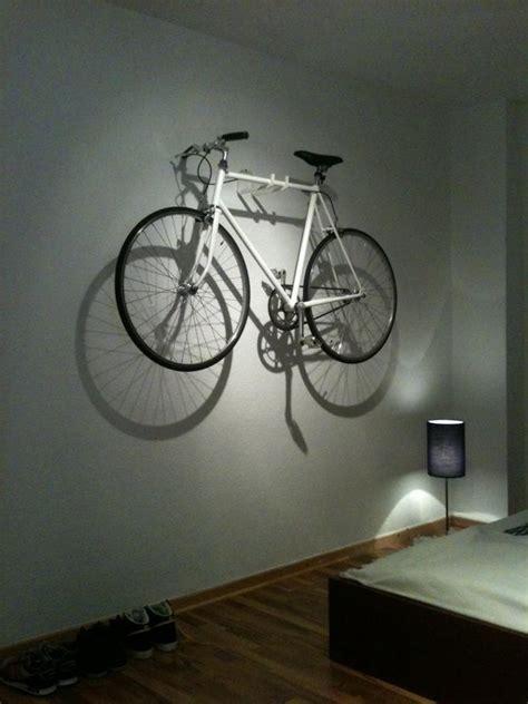 Fahrrad An Die Wand Hängen by Fahrradhalterung Wand Holz Fahrradhalter 2er Set Klappbar