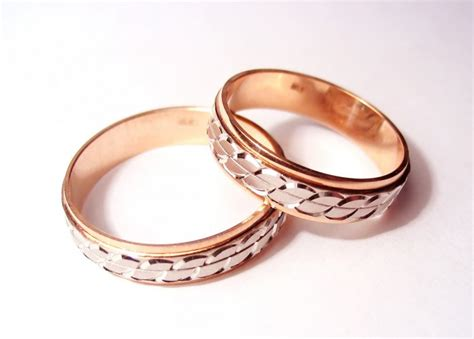 alliances mariage quel est le symbole des anneaux dans la mariage