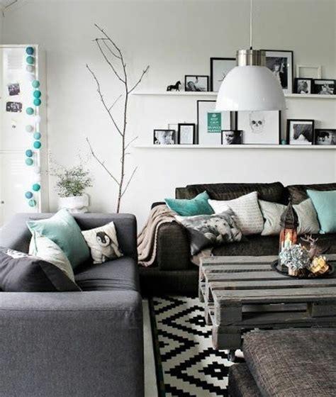 idee deco salon canapé gris tapis salon gris turquoise urbantrott com