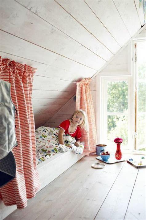 Kinderzimmer Gestalten Im Dachgeschoss by Dachzimmer Einrichten