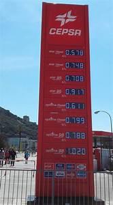Essence Sans Plomb 98 : cette photo d 39 une station essence cr e la confusion chez les internautes de la r gion nice matin ~ Maxctalentgroup.com Avis de Voitures
