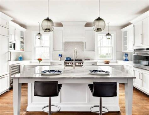 Position Pendant Lights Over an Island   Wearefound Home