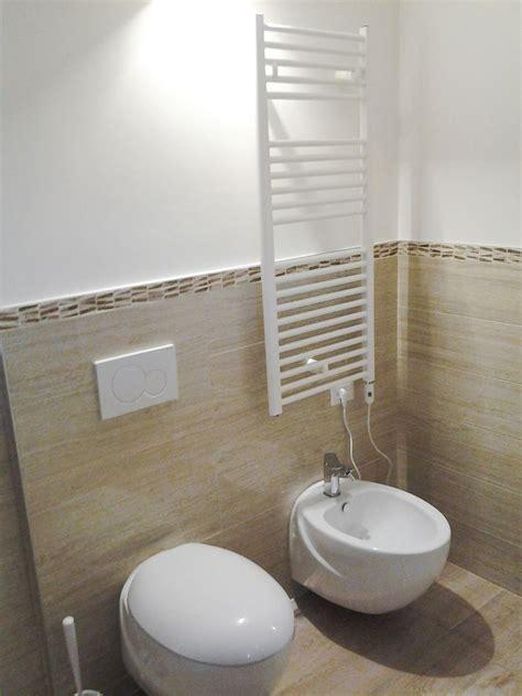rivestimento bagno basso oltre 25 fantastiche idee su bagno con mosaico su