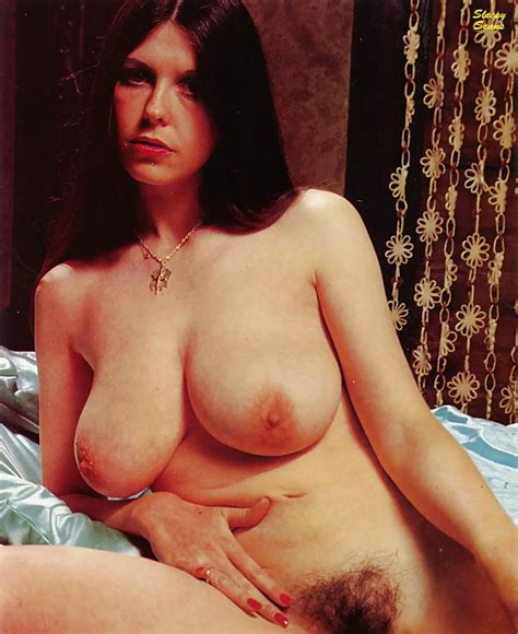 Lorraine Bishop Spread 32 Pics Xhamster
