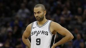 Spurs' Tony Parker loses starting job to Dejounte Murray