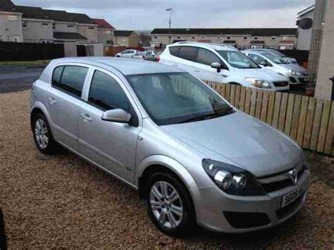 vauxhall astra 2006 vauxhall 2006 astra active cdti silver diesel vgc car for