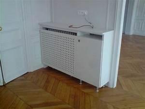 Meuble Cache Radiateur : cache radiateur avec un caillebotis pour laisser passer la chaleur et un petit meuble une ~ Dode.kayakingforconservation.com Idées de Décoration