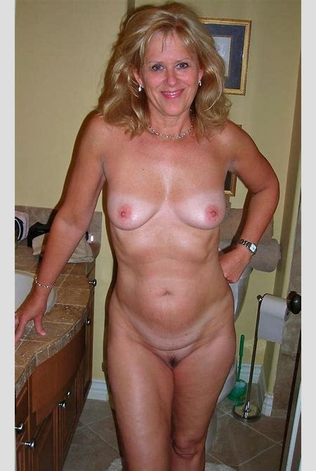 Sexy Mature Nude Women Image 35025