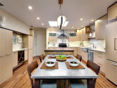 eat in kitchen island photo page hgtv 7020