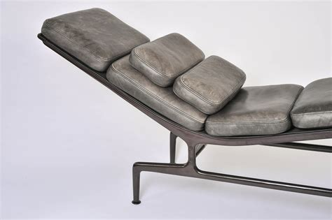 la chaise longue strasbourg charles eames chaise lounge at stdibs also charles eames