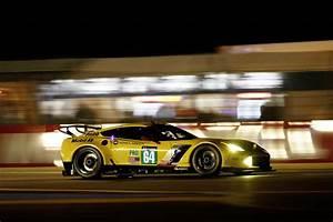 24h Le Mans 2017 : wec 24h du mans marcel f ssler et jordan taylor avec corvette racing ~ Medecine-chirurgie-esthetiques.com Avis de Voitures