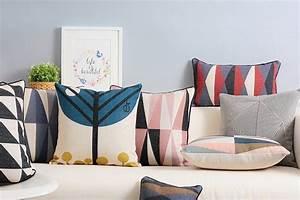 Come realizzare cuscini fai da te per il divano Guide e consigli di Idee Fai da Te