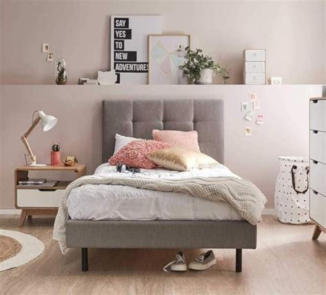 Ideas For Single Bedroom by 41 Easy And Clever Bedroom Makeover Ideas Matchness