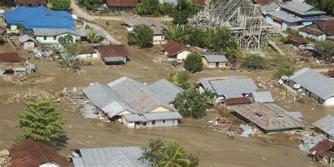 banjir bandang  sulteng  tewas  rumah hanyut merdekacom