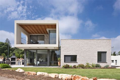 So Architecture Designs A Contemporary Residence In A