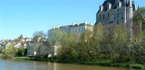 bureau vallee chateauroux la vallée de l 39 indre jusqu 39 à châteauroux