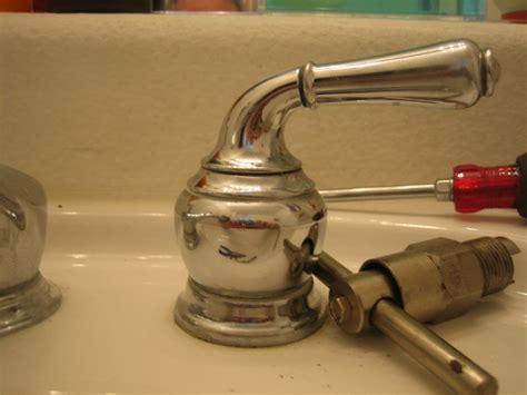 Remove Moen Faucet Handle