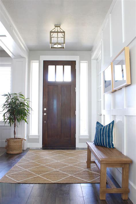 entry  rug      pattern