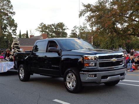 Cheyenne Vs Silverado by Chevrolet Silverado