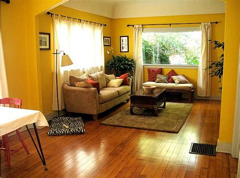 Living Room Yellow Walls by Yellow Living Room Design Ideas